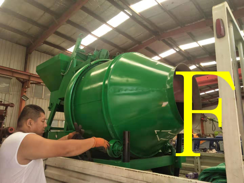 混凝土泵 青科重工 搅拌机